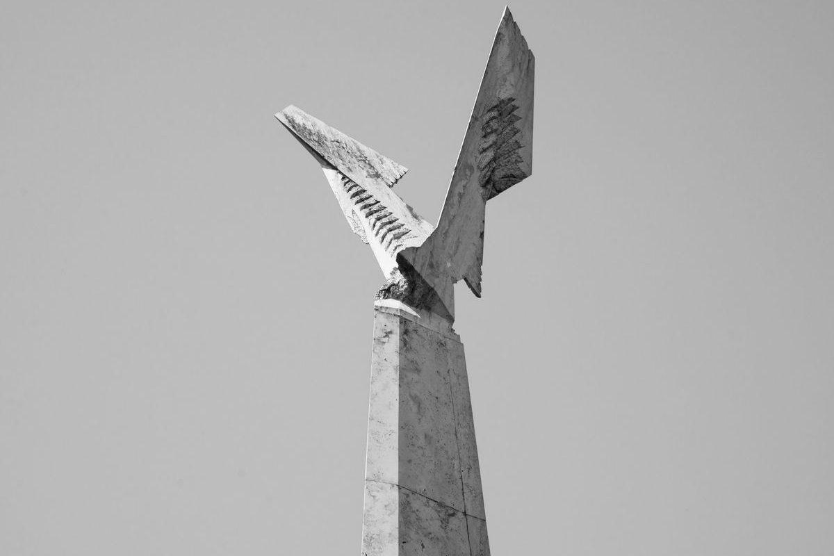 Tabáni '56-os emlékmű, 1996–2001